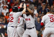 Astros' bullpen implodes as Red Sox take 2-1 lead in ALCS