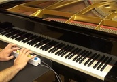 AI-Powered Piano Genie Lets Users Practice Piano