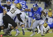 NCAA Football: Vanderbilt at Kentucky