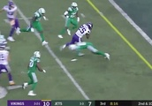 VIDEO: Watch Latavius Murray Find a Seam for 11-Yard Touchdown