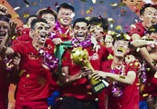 Former Chelsea star Oscar leads Shanghai SIPG to first Chinese Super League title