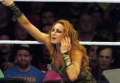 Nia Jax Gets Heated Reaction From Survivor Series Audience; Chris Nowinski on Becky Lynch's 'Docto
