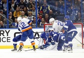 Lightning 4, Islanders 2 (EN): Late goal costs Isles at least a point