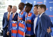 Who should DCU protect in the upcoming expansion draft?