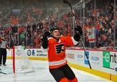 Philadelphia Flyers: Scott Laughton continues to improve