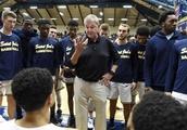 Hall of Famer Jim Calhoun returns to coach DIII St. Joe's