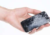 """Hackers can retrieve """"deleted"""" items off of any phone"""
