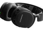 The best Switch headset, SteelSeries Arctis 3 Bluetooth, is 33% cheaper for Black Friday, but should