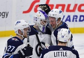 NHL roundup: Laine scores five goals in Jets' win