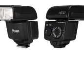 Amazing Cyber Monday camera deal: Nissin i400 flashgun for just $99