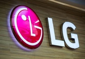 LG patent hints at phone with 16 camera lenses