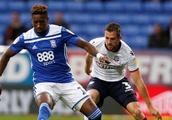 Opinion: Charlton should make a move for Andrew Taylor amid Bolton turmoil