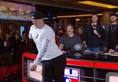 Brett Phillips shows off his Fortnite dance moves on MLB Network