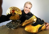 ADA Hegerberg gets special gift to celebrate historic Ballon d'Or win