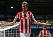 The same people who called me a freak would ask for a picture: Peter Crouch