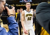 Iowa freshman basketball player Joe Wieskamp makes 89-year-old fan's day with hospital visit