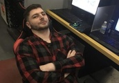 From a hospital bed to a shot at the Hearthstone World Champs