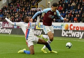 Aaron Wan-Bissaka: DR Congo want to convince Crystal Palace defender to shun England after his rapid