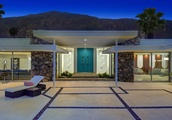 Midcentury meets '70s glam in this Palm Springs house asking $3.8M