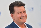 After avoiding foreclosure, Charlie Sheen relists Sherman Oaks mansion for $8 million