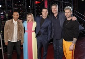 'The Voice' Fans Can't Stop Talking About Kelly Clarkson's Battle Rounds Dress
