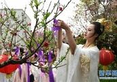 Hanfu costumes enjoy stronger prevalence among younger generation