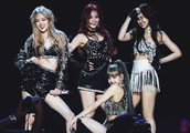 BLACKPINK turns up the heat as they perform at Coachella