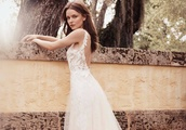 Monique Lhuillier Bridal Spring/Summer 2020 Lookbook