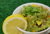 Guacamole With Mango [Vegan]