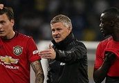 Manchester United to hand Barcelona target fresh terms