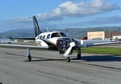 This Hydrogen-Powered Plane Can Fly 20 Passengers Up to 500 Miles