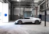 Bugatti Centodieci revive el iconico EB110 en su debut en Pebble Beach