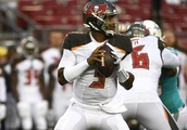 QB Griffin tops 200 yards as Bucs top Dolphins