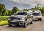 Dodge plays to muscle car niche with power, technology