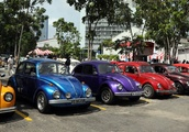 Volkswagen Beetles pageant in Sri Lanka