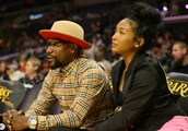 Exclusive: Floyd Mayweather Sitting Courtside In Burberry Outfit For Minnesota Lynx VS Los Angeles S