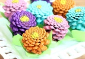 Beautiful Pine Cone Crafts To Make Stunning Home Decor