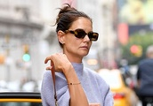 Katie Holmes Takes On the Big-Toe Sandal Trend Out in NYC With Suri