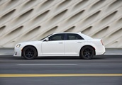 Auto review: Chrysler 300S feels like the olden days