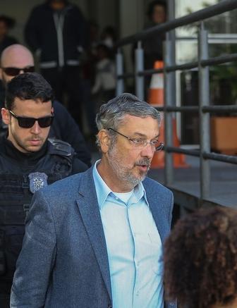 Palocci fez as contas e viu que ficaria preso enquanto Lula e Dilma não