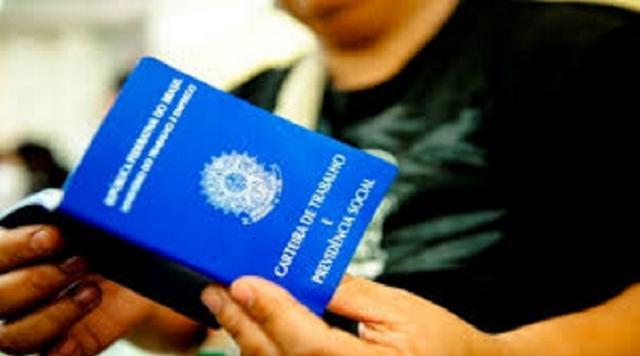 Se você tem 02 anos de Registro em Carteira, você pode ter R$ 3.284,00 para receber do Governo, Veja como