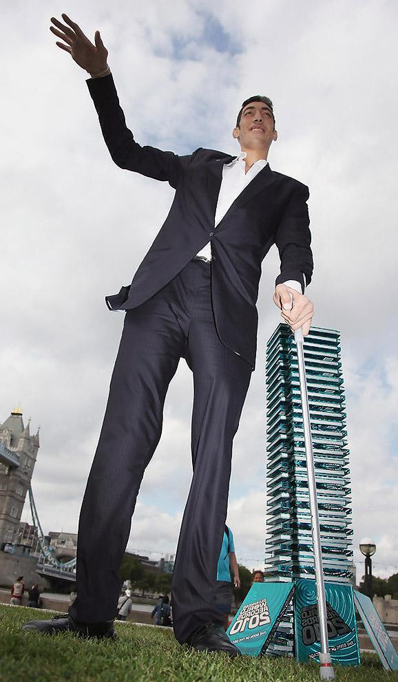 рост и фото самого высокого человека неурожайные