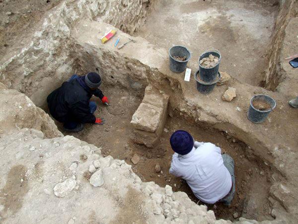 Nova descoberta arqueológica sobre a bíblia deixa milhares de pessoas pasmas!