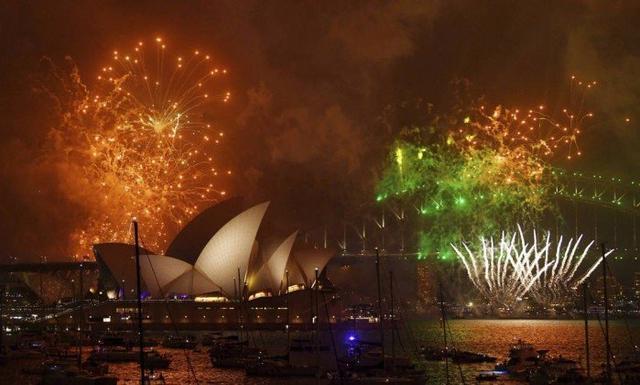 Sydney comemora com fogos de artifício a chegada do Ano-Novo de 2018
