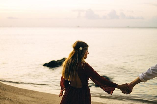 7 Things To Remember When You're Trying To Love Despite Feeling Broken