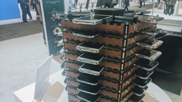 Bitkoin rig napravljen od Samsung mobilnih telefona