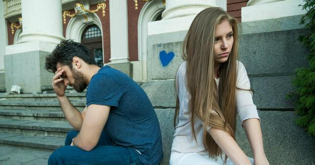 5 Ways Husbands Make Their Wives Feel Ugly Without Saying A Thing