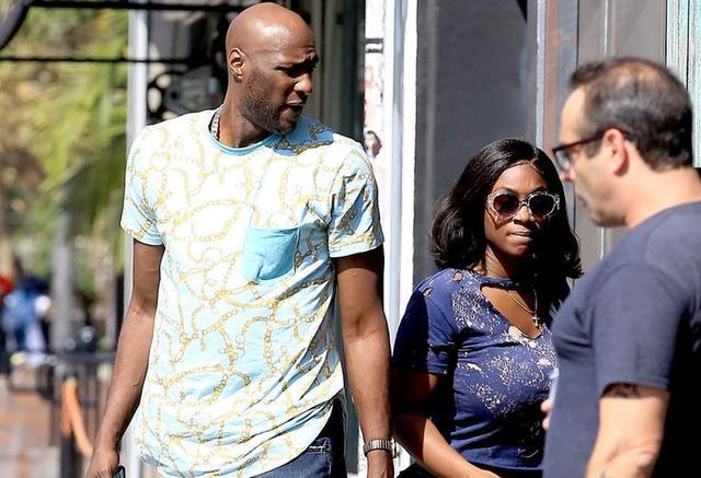 Combien de temps ont été Khloe et Lamar datant avant de se fiancés 20 datant de 27 ans