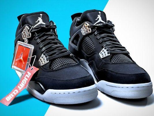 Rare Eminem Nike Air Jordan chaussures aux enchères </p>                     </div> </div>          <!-- tab-area-end --> </div> <!--bof also purchased products module-->  <!--eof also purchased products module--> <!--bof also related products module--> <!--eof also related products module--> <!--bof Prev/Next bottom position -->         <!--eof Prev/Next bottom position --> <!--bof Form close--> </form> <!--bof Form close--> </div> <div style=