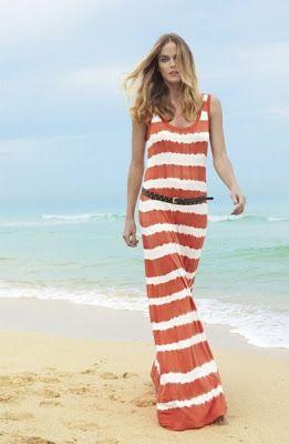vestido longo com listras
